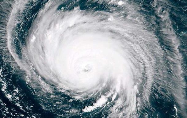 В США эвакуируют полмиллиона человек из-за урагана
