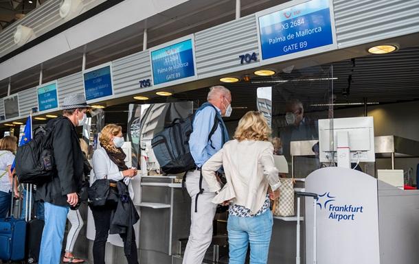 В Германии продлили предостережение от поездок за пределы ЕС