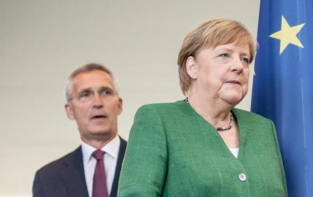Меркель і Столтенберг вимагають діалогу між Афінами і Анкарою
