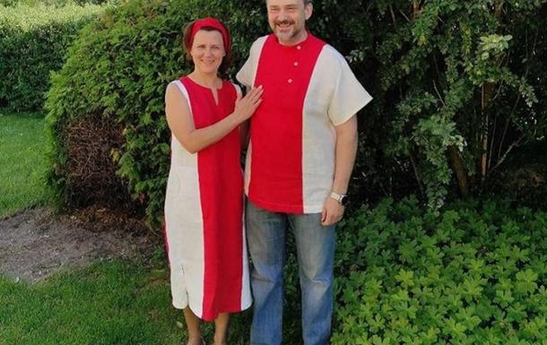 Жительницу Беларуси будут судить за бело-красно-белое платье