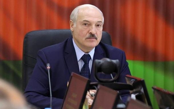 Лукашенко: Мы им покажем, что такое санкции