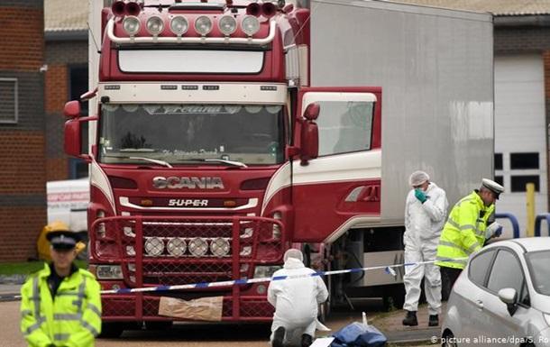 Перевізник визнав провину у смерті 39 мігрантів у вантажівці біля Лондона