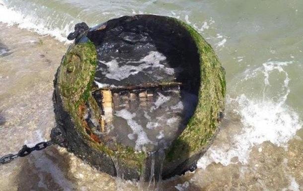 Под Одессой на пляже нашли морскую мину