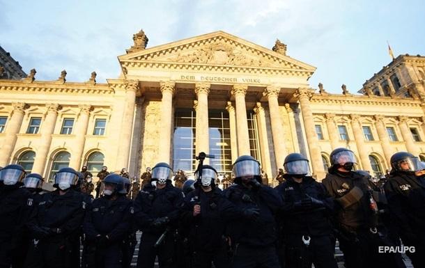 Понад 300 людей затримали на акції протесту в Берліні