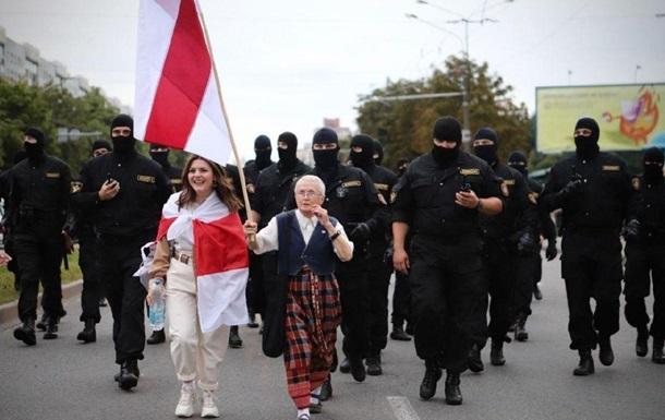 День народження Лукашенка: у Мінську стягують ОМОН