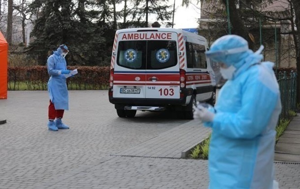 В Украине больше двух тысяч новых случаев COVID-19