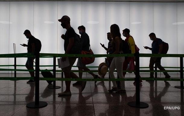 Истребители сопровождали самолет Вена-Лондон из-за подозрительного пакета
