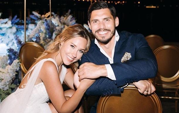 Никита Добрынин с женой попал в ДТП