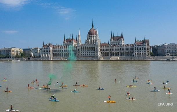 У ЄК закликали Угорщину відкрити кордони для іноземців
