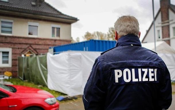 Мережа педофілів: у Німеччині провели обшуки у 50 підозрюваних