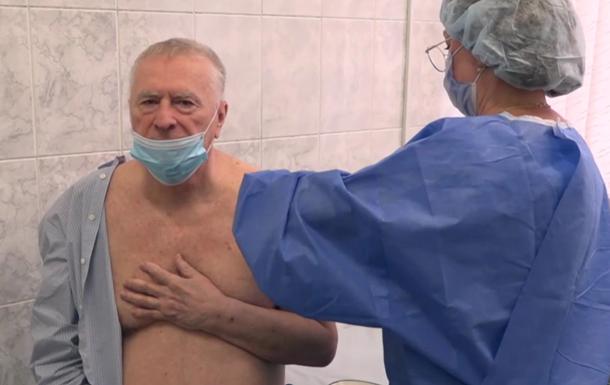 Вакцинация Жириновского от COVID попала на видео