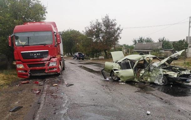 У Миколаївській області п ятеро людей постраждали в ДТП
