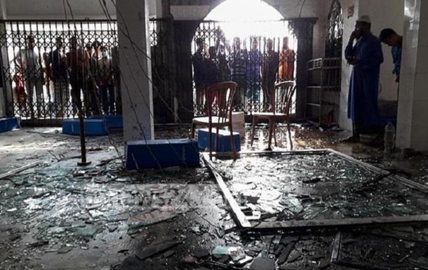 В Бангладеш взорвались кондиционеры в мечети: 12 жертв
