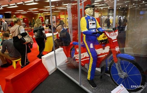 Карантин помог. Lego откроют 120 новых магазинов в 2020