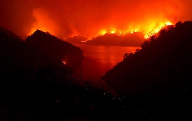 У Каліфорнії ввели режим НС через пожежі