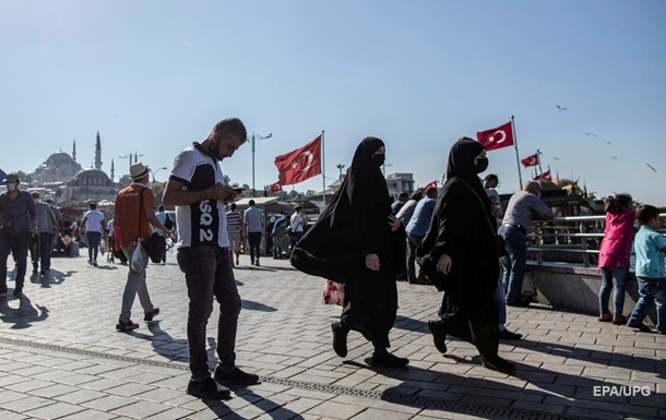 У Туреччині рекордний приріст COVID-19 із травня