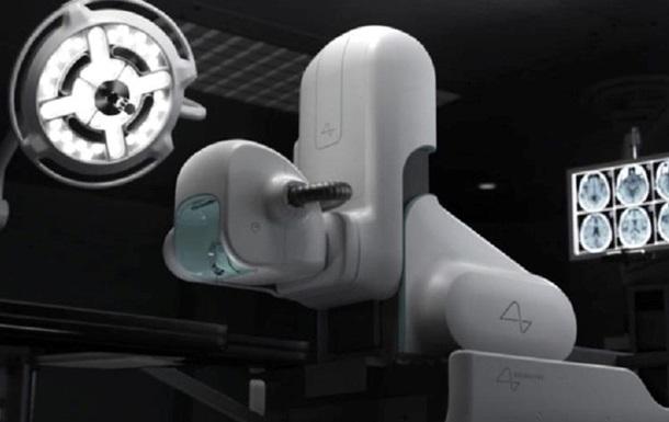 Представлен робот-хирург для установки нейро-чипа: фото
