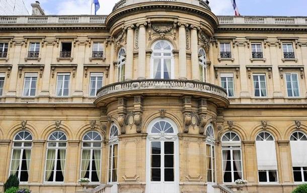 Франція скасувала зустріч з російськими міністрами