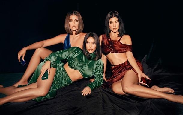 Сестри Кардаш ян знялися в пікантних нарядах для реклами