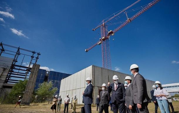 Зеленський доручив добудувати два енергоблоки ХАЕС