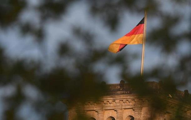 Уряд ФРН закликає Лукашенка до діалогу з народом