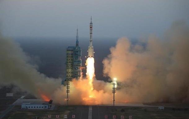 Китай запустил в космос неизвестный объект - СМИ