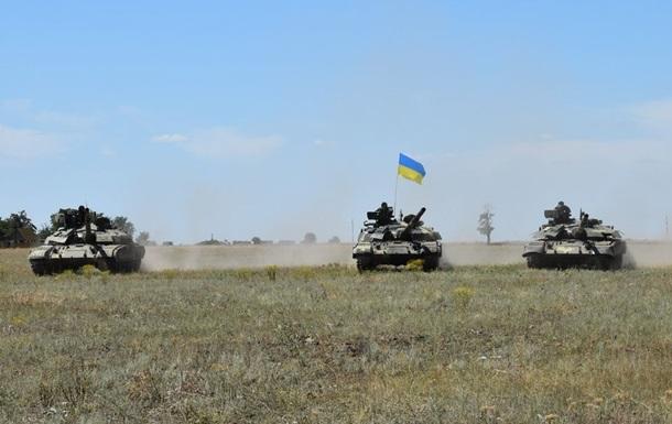 ЗСУ провели танкові навчання на півдні України