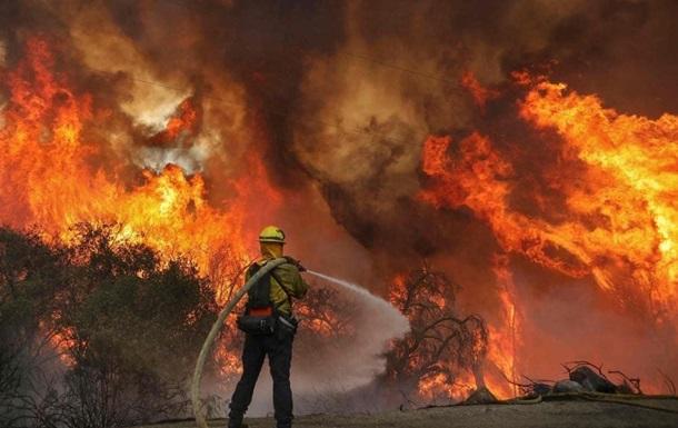 На пожарах в Калифорнии погибли три человека