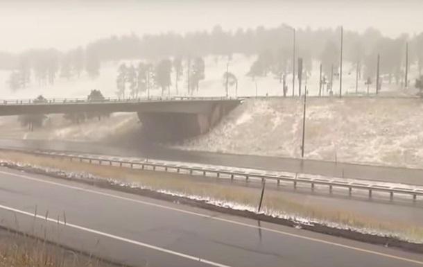 В США в нескольких штатах неожиданно выпал снег