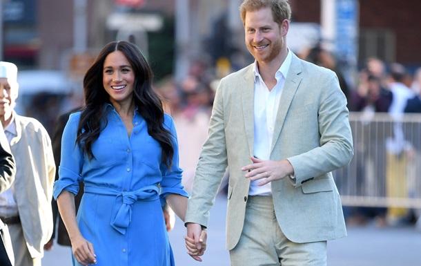 Принц Чарльз перестав давати гроші Гаррі і Меган