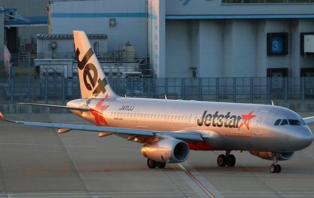 Пассажир заявил о бомбе на борту самолета в Японии