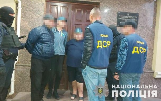 На Житомирщині тортури викрадених людей транслювали в YouTube