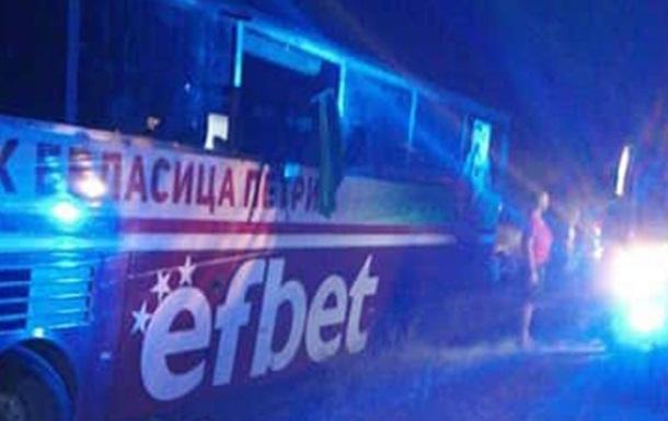 Автобус с футболистами попал в ДТП после смерти водителя