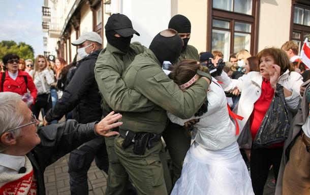 МВС Білорусі повідомило про затримання 250 осіб