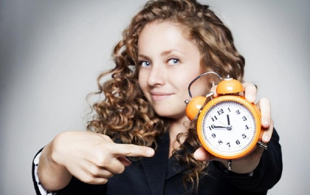 Зимовий час в 2020 році: коли переводимо годинник