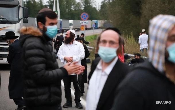 Сотні хасидів залишаються на кордоні Білорусі та України