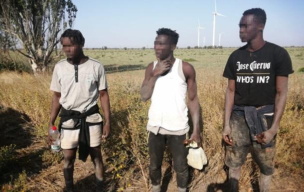 Пограничники на Николаевщине задержали трех нелегалов из Африки