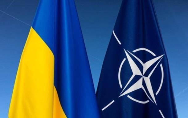 Ситуация на Донбассе не блокирует вступление Украины в НАТО — Стефанишина