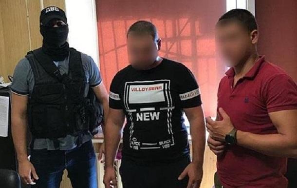 В Одессе избили копа и забрали у него пистолет