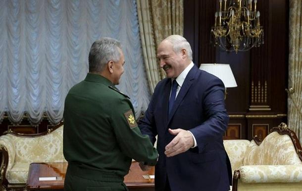 Лукашенко попросил у Путина новые вооружения