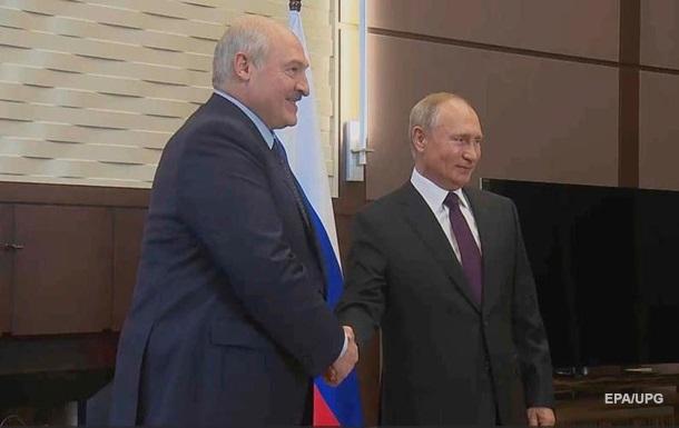 В Кремле опровергли заявление Лукашенко об оружии