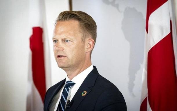 Глава МЗС Данії вибачився за секс із неповнолітньою