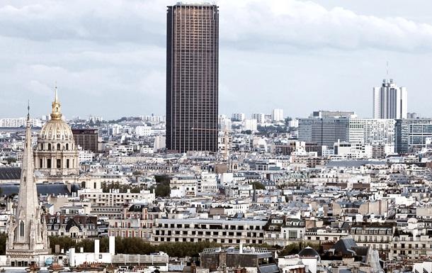 В Париже экстремал полез без страховки на 210-метровый небоскреб