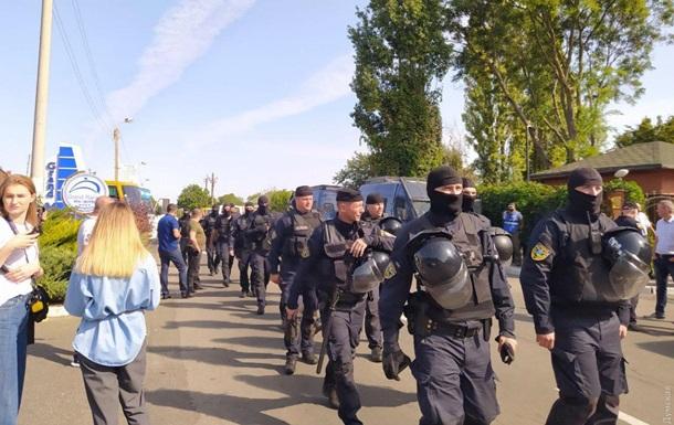 В Одессе задержали вооруженных активистов