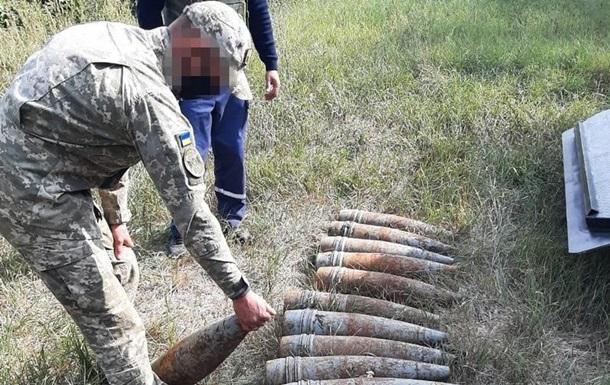 На Луганщині СБУ виявила схованку зі снарядами