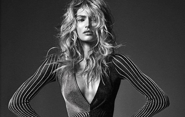 Модель Victoria s Secret снялась топлес для глянца