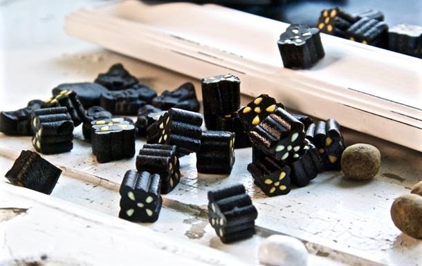 Мужчина в США умер, съев слишком много лакричных конфет