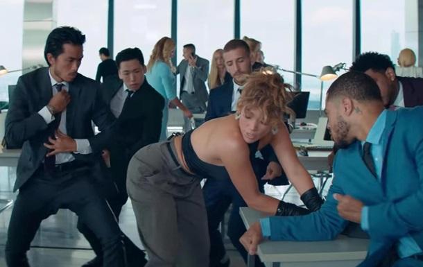 Джей Ло и MALUMA презентовали страстный клип