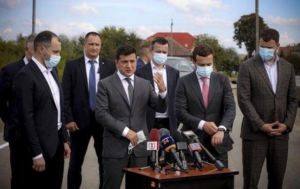 Зеленский пообещал обустроить новые пункты пропуска