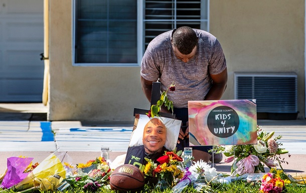 В США полицейские застрелили бездомного афроамериканца